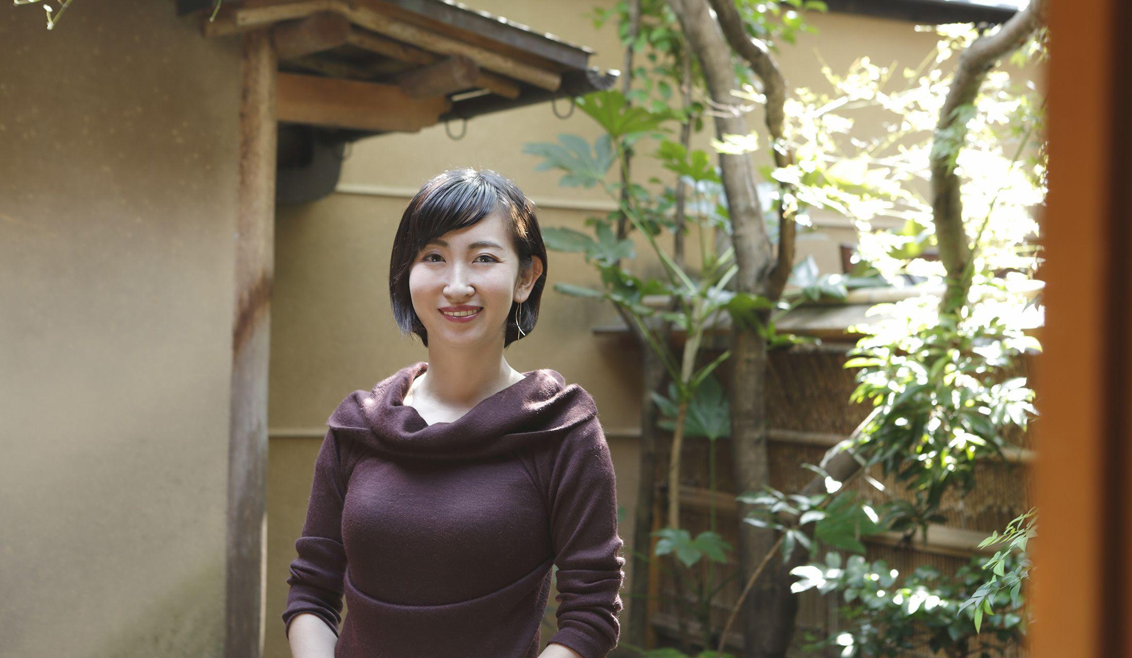 聖護院八ッ橋総本店 専務取締役の鈴鹿可奈子(すずか・かなこ)さん