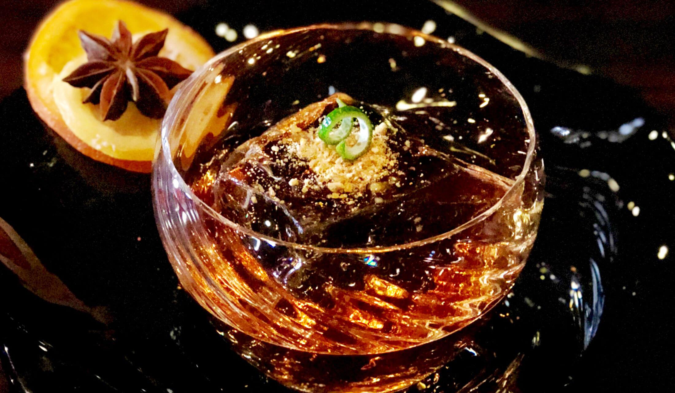 福岡は中洲の「Bar SEBEK(バー・セベク)」のカクテル「トゥールビヨン~渦~」