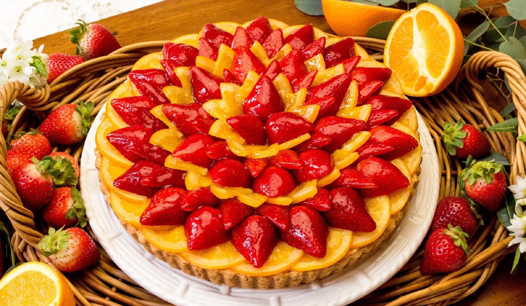 キル フェ ボンの限定イチゴとオレンジのタルト