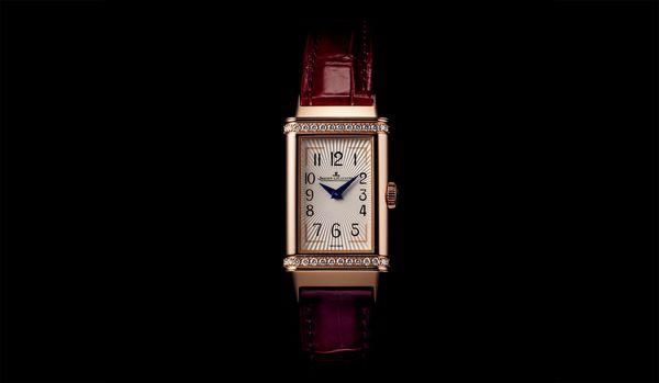 女性らしくエレガントな名品ウォッチ!ジャガー・ルクルトの時計「レベルソ・ワン・デュエット」