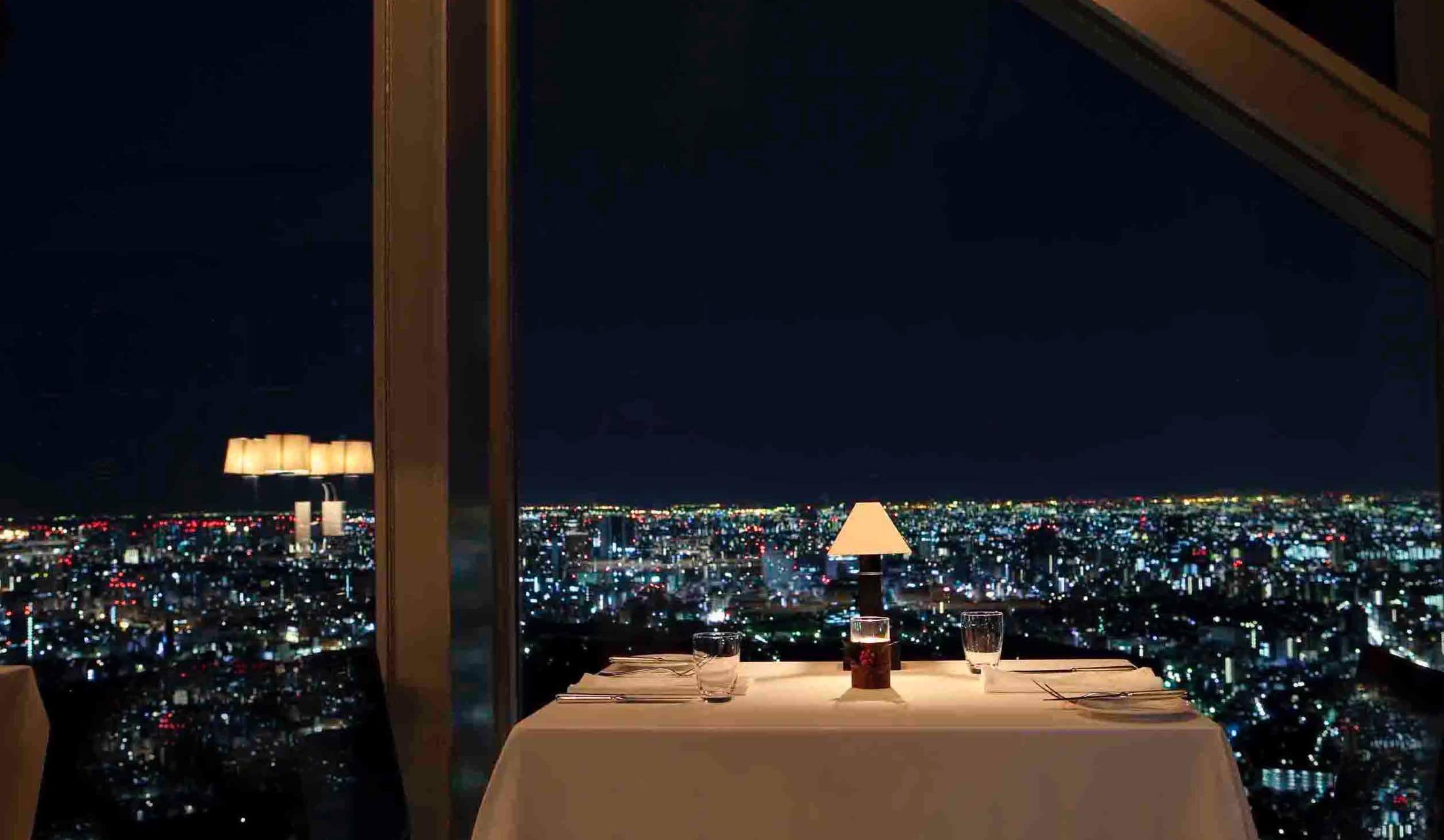 パーク ハイアット 東京のレストラン風景
