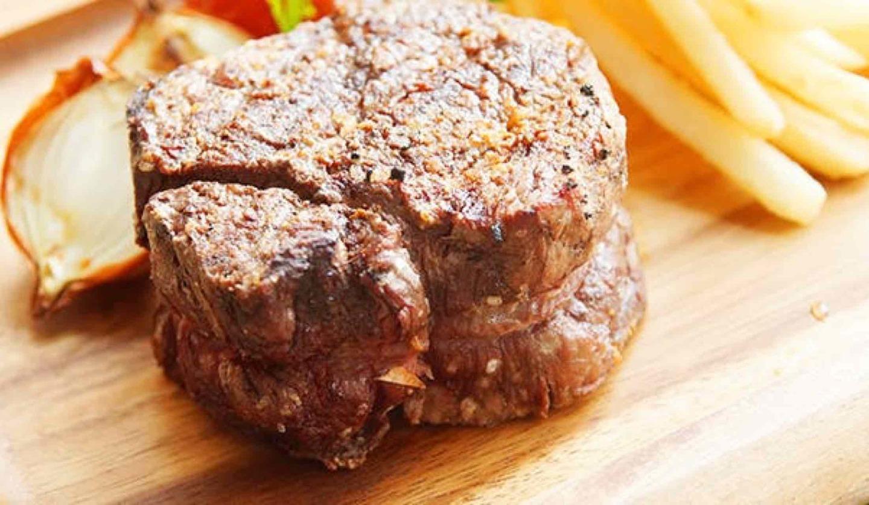 37 Quality Meats(37クォリティーミーツ)の肉塊