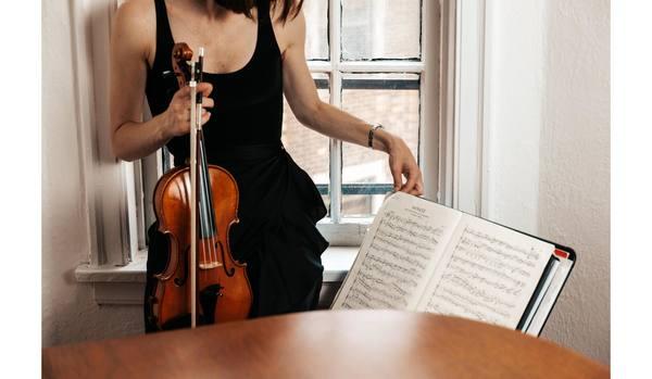 ロックダウン中のニューヨークで、オーケストラが「自宅で奏でる音楽」に感動!ネットで観られる特別なコンサートなど5選