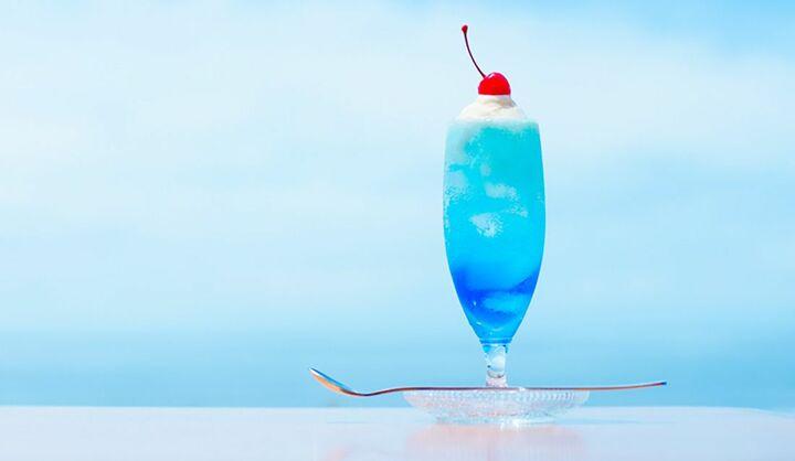tsunekawaさんの「青空を注いだクリームソーダ」