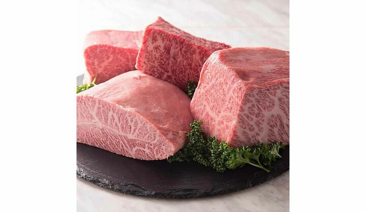焼肉ZENIBA(ゼニバ)で提供されている牛タン