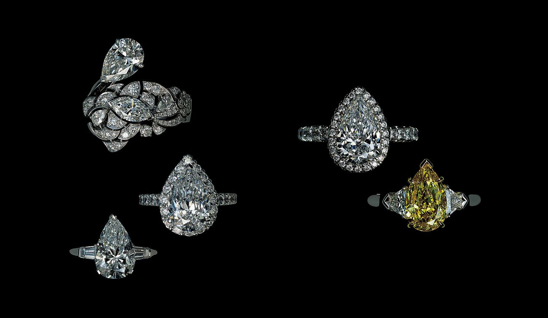 ペアシェイプのダイヤモンドリングの写真。