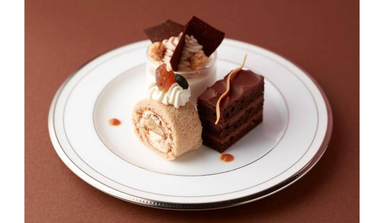 マロンと濃厚チョコで秋映え満喫!グランドニッコー東京 台場「The Lobby Cafe」にて、季節の色「ブラウン」をテーマにした「ブラウンアフタヌーンティーセット」9月限定販売