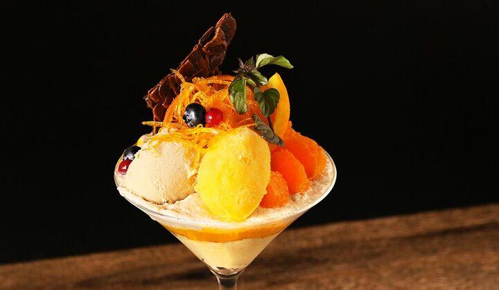 トゥーストゥース トーキョーの「紅まどんなとベルガモットのアグリュームパフェ −安納芋とマンダリンオレンジアイス−」の画像