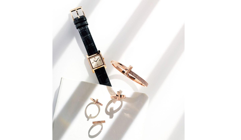 ティファニーのリング「ティファニーT1」と時計「ティファニー 1837 メイカーズ」