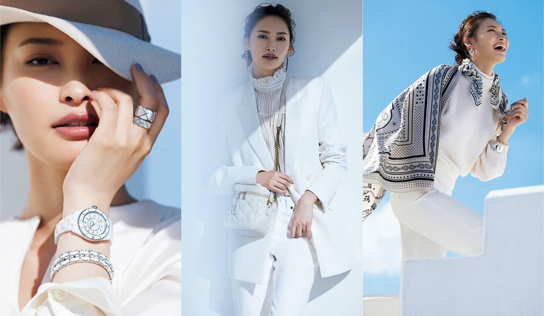 左/時計『J12』[SS×ホワイトセラミック×ダイヤモンド、直径33mm、クオーツ]¥645,000・ブレスレット各¥1,480,000・リング/指先から¥364,000・¥1,216,000(シャネル)、帽子¥66,000(ボルサリーノ ジャパン)、トップス¥130,000(ミカコ ナカムラ 南青山サロン<MIKAKO NAKAMURA>)、中央/ジャケット ¥340,000・ブラウス¥220,000・デニム¥65,000・ピアス¥75,000・バッグ¥195,000 (サンローラン<サンローラン バイ アンソニー・バカレロ>)、右/首に巻いたスカーフ[縦55×横55cm]¥26,000・手に持った大判スカーフ[縦140×横140cm]¥149,000・ニット¥279,000・パンツ¥213,000・ピアス¥154,000・ブレスレット¥236,000(エルメスジャポン)