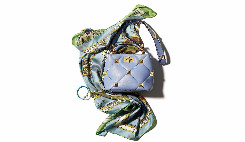 キャメルブラウンをより表情豊かに導く3つのカラートーン小物、バッグ、靴、