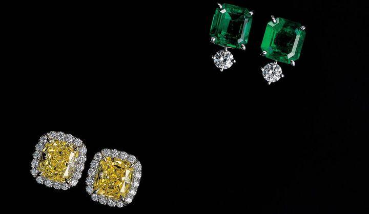 ダイヤモンドのイヤリング(カラーミックス)
