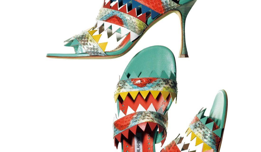 マノロ ブラニクのトロピカルな靴