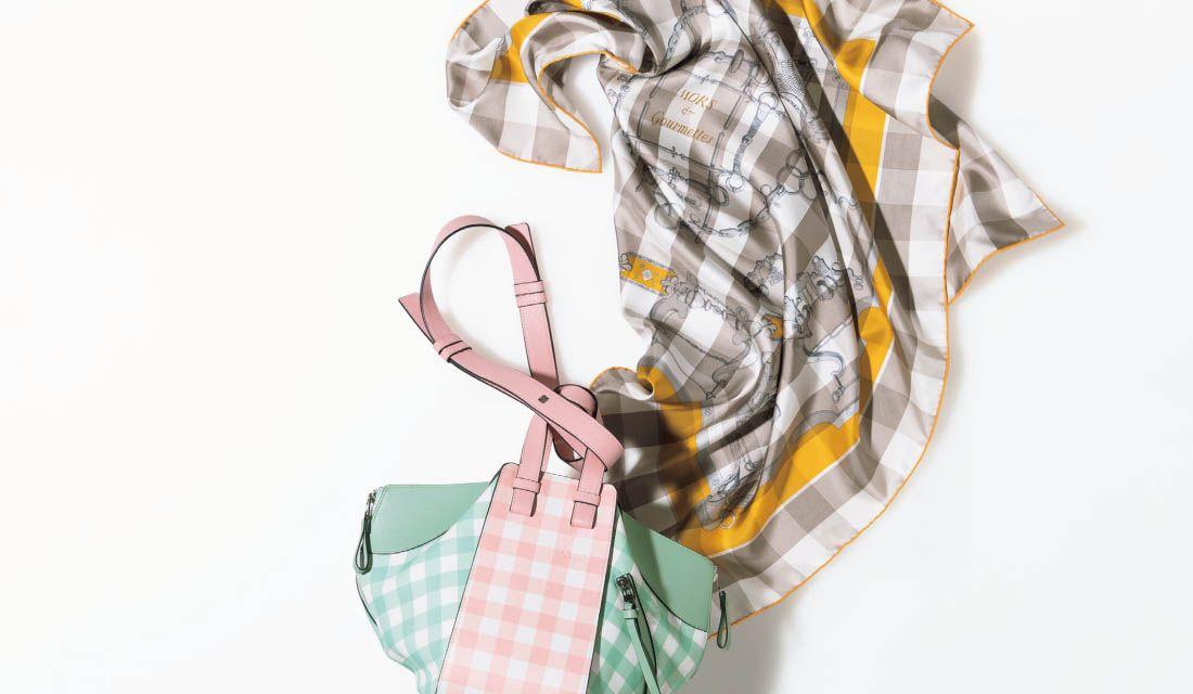 ギンガムチェックのスカーフ&バッグ