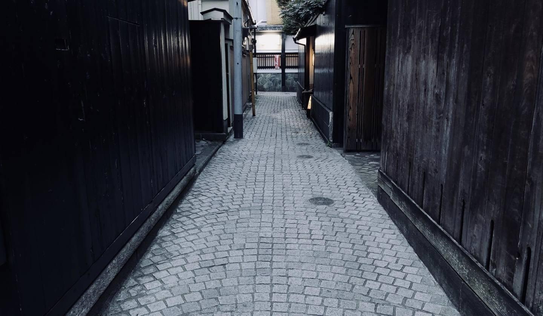 神楽坂の道