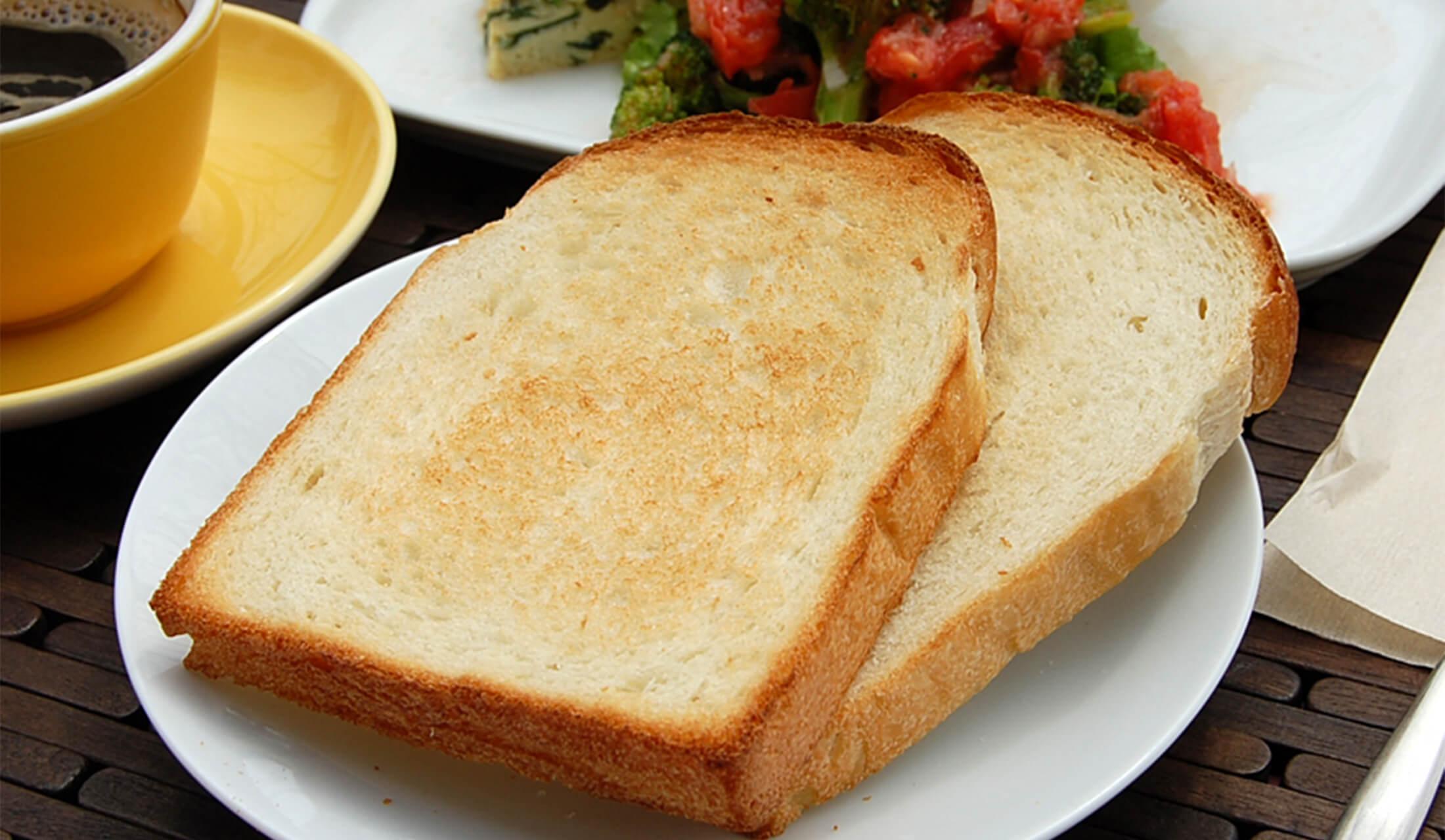 トーストされた食パン