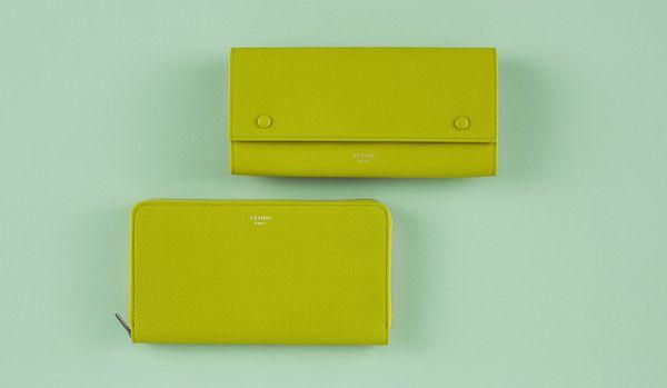 セリーヌの「開運財布」で良縁を呼び込む!コミュニケーション能力を引き出す「緑色」がカギ
