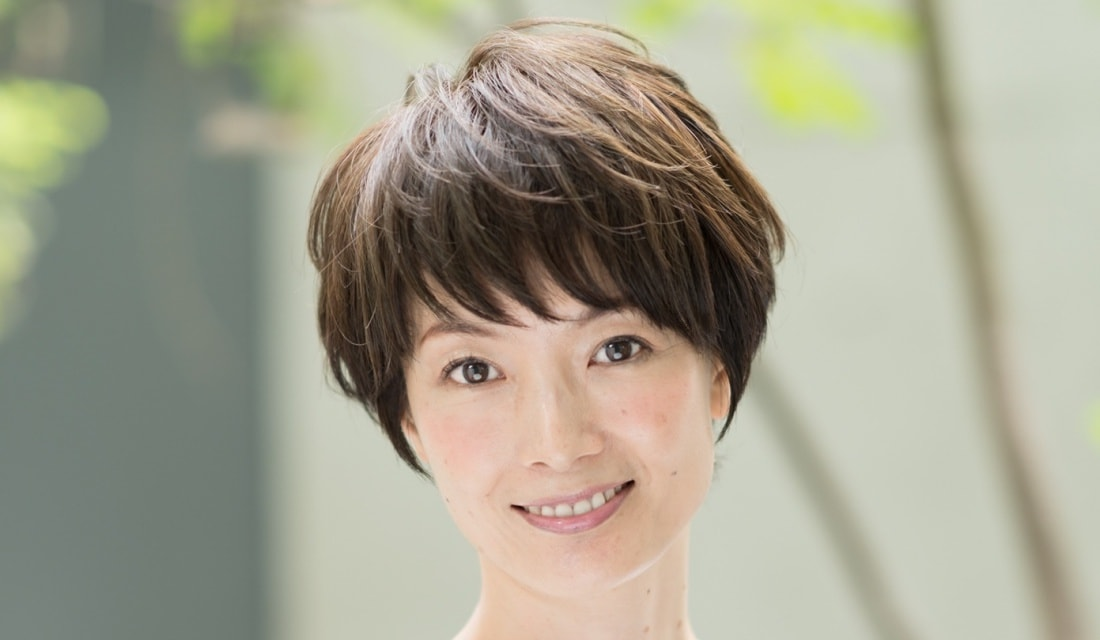 表参道の美容院Cocoon・スタイリストの泰斗さんが手がけたショートヘアの女性