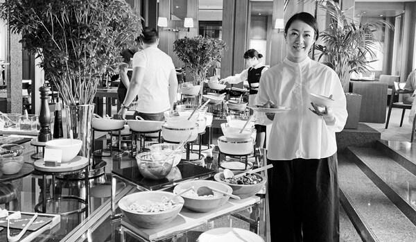 多忙な人との情報交換は、「ラグジュアリーホテルで朝食会」が正解!