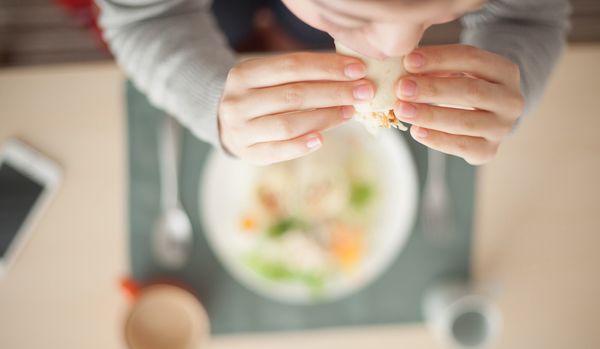 ニセ食欲に騙されない食事法「マインドフル・イーティング」は、リバウンドなしの脳科学的減量法