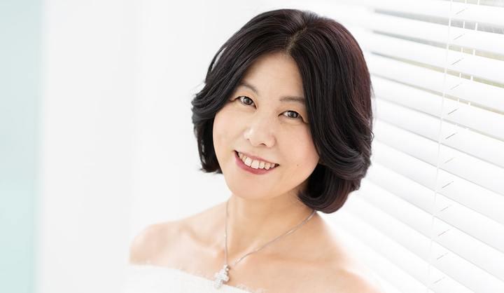 若月小百合さん(51歳/歌手)