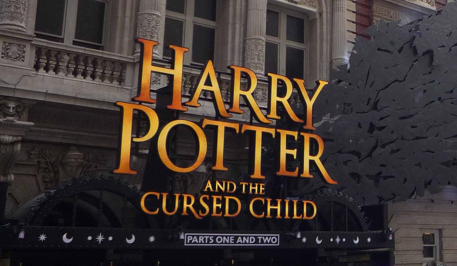 ハリー・ポッターと呪いの子の入り口