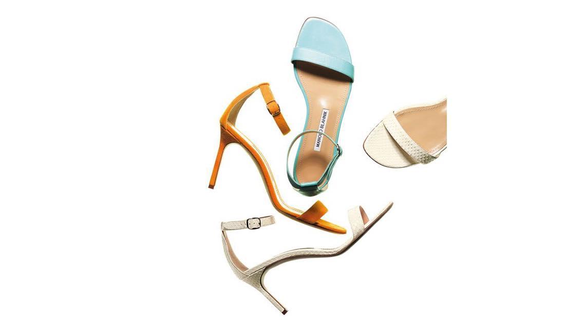 マノロ ブラニクのヌーディ靴