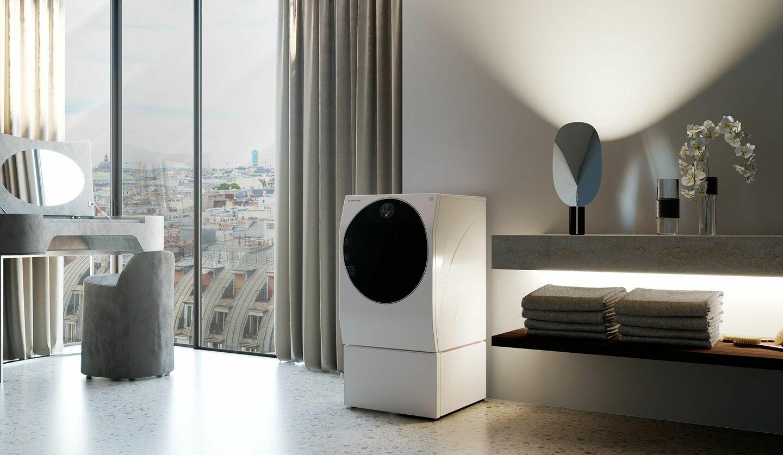 「LG SIGNATURE」の冷蔵庫「LG SIGNATURE / InstaView Door-in-Door冷蔵庫」が置かれたキッチン
