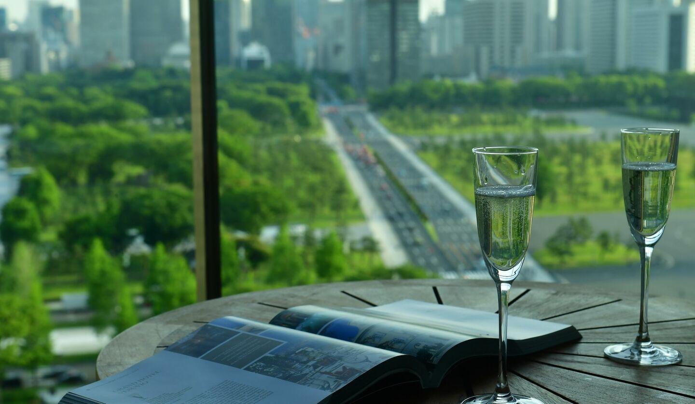 パレスホテル東京の「あなただけの本と過ごすホテルライフ」イメージ