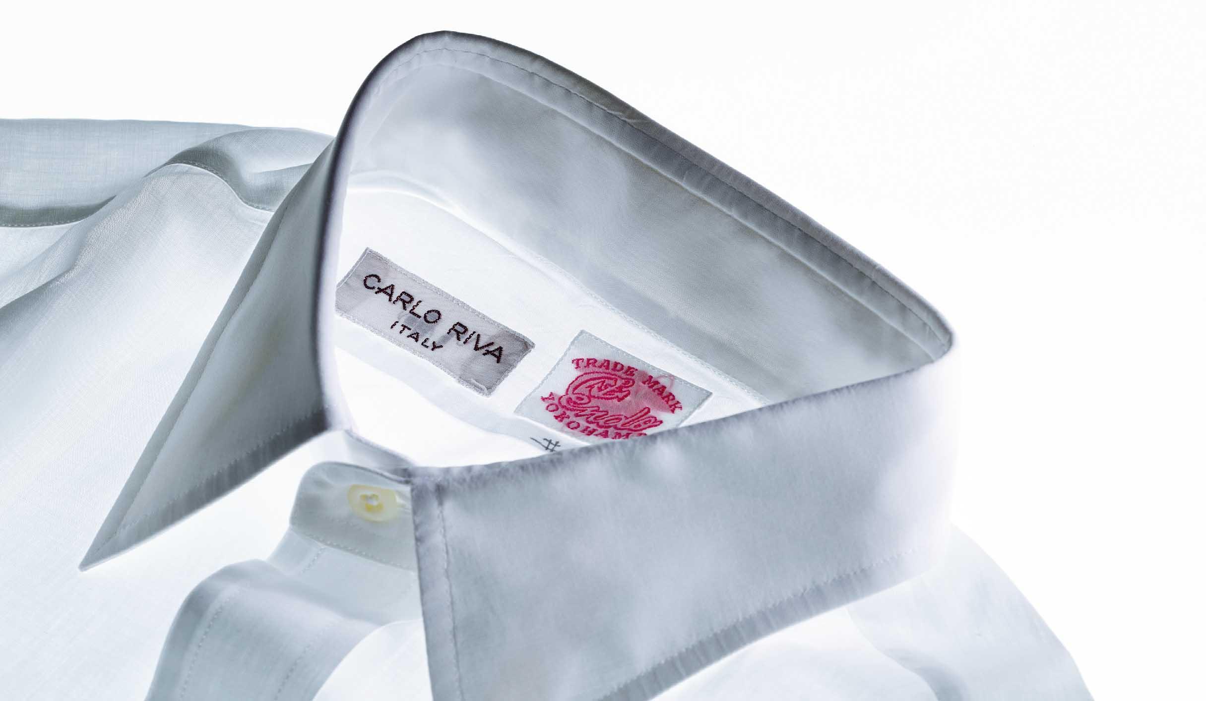 カルロリーバの白シャツ