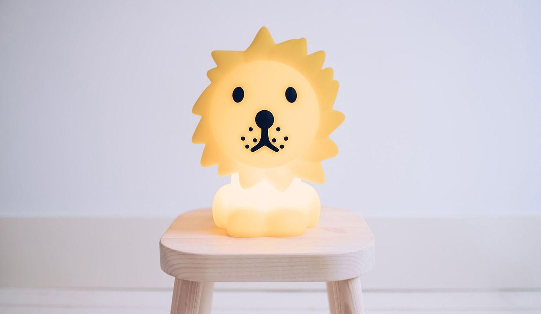 ミッフィーの照明シリーズ「FIRST LIGHT miffy and friends」に新たに加わったライオン