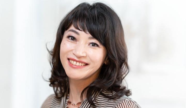 面長顔のミディアムヘア代表:野内洋子さん(43歳/無職)
