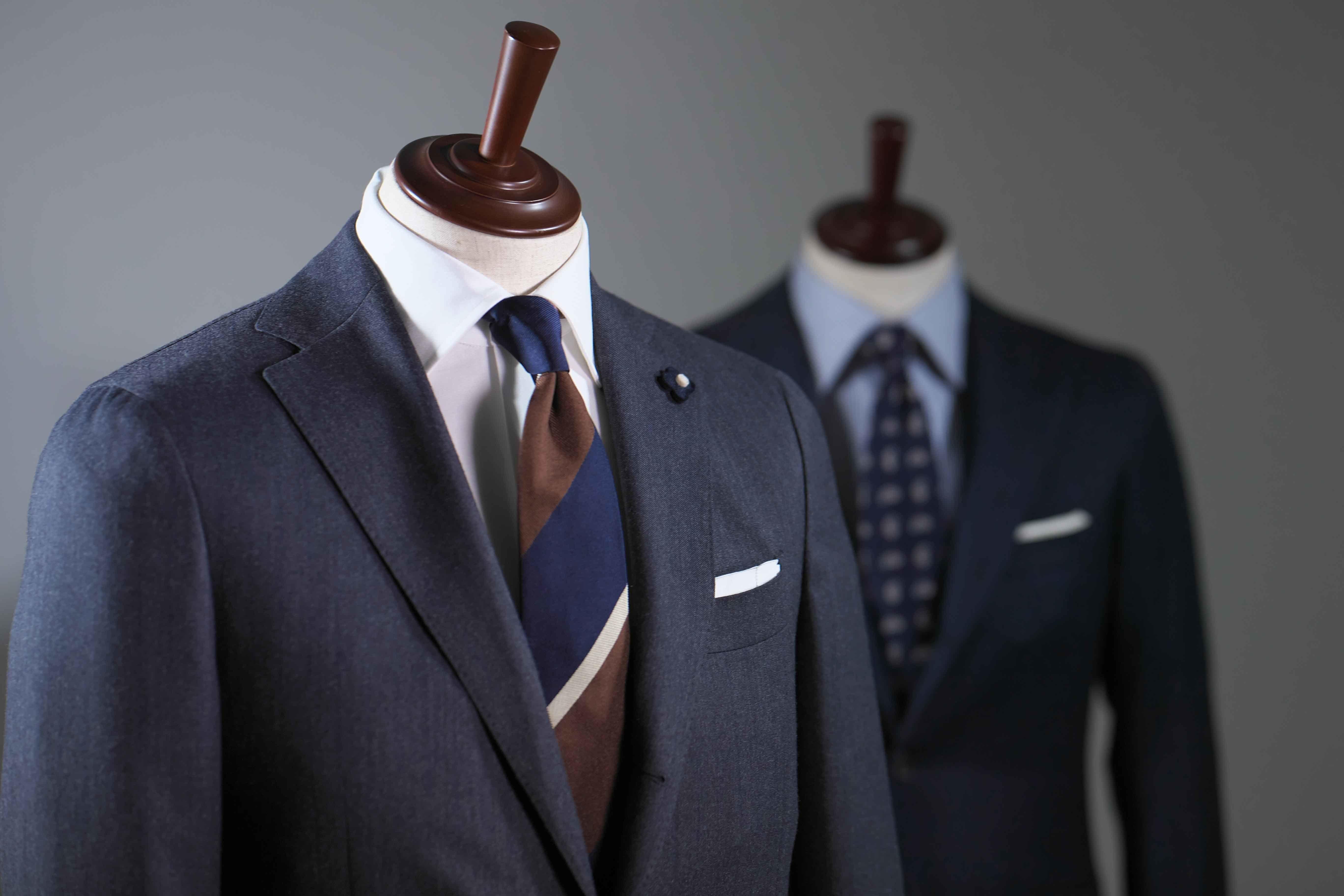 クラシコイタリア調のスーツスタイル