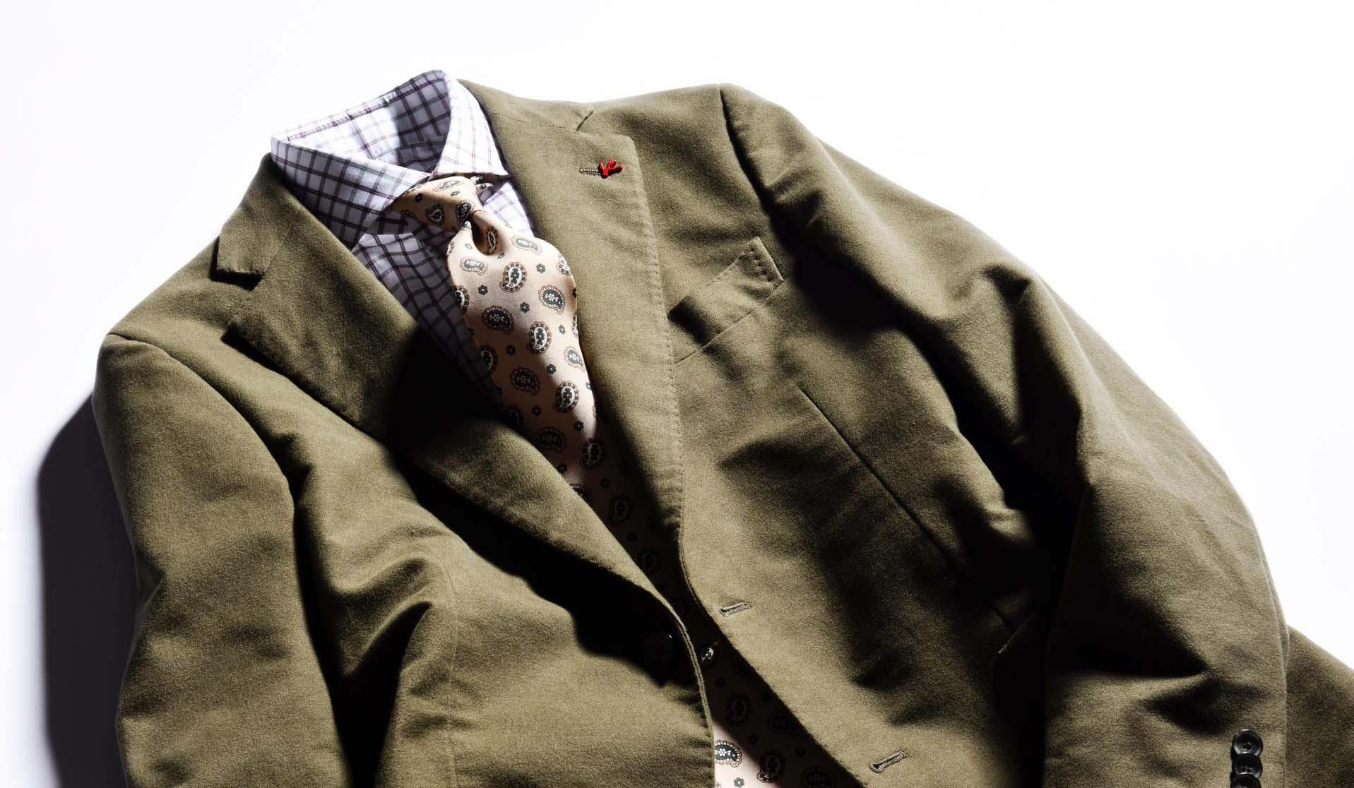 イザイアのコットンフランネルのジャケットとパンツ、コーデ用のネクタイとシャツ