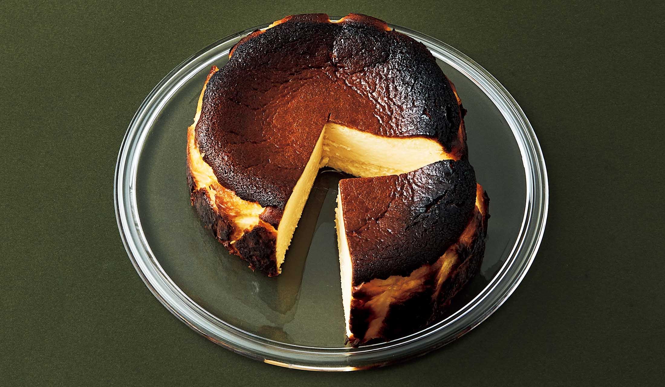 カオリーヌ菓子店のバスクチーズケーキ