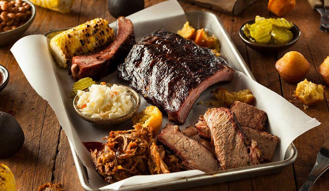手ぶらで楽しめる!【バーベキューレストラン9選】本格的なアメリカンバーべキューの歴史や由来、レシピやソースの違いとは?