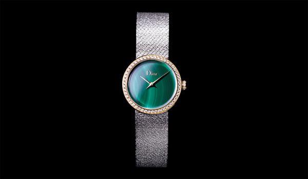 美しい天然石に感動!ディオールの名品時計「ラ デ ドゥ ディオール サティーヌ」