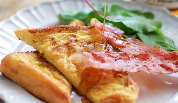 バニラの香りがフレンチトーストを上品な甘さに!1さじ176円の最高級メープルシロップが美味すぎる