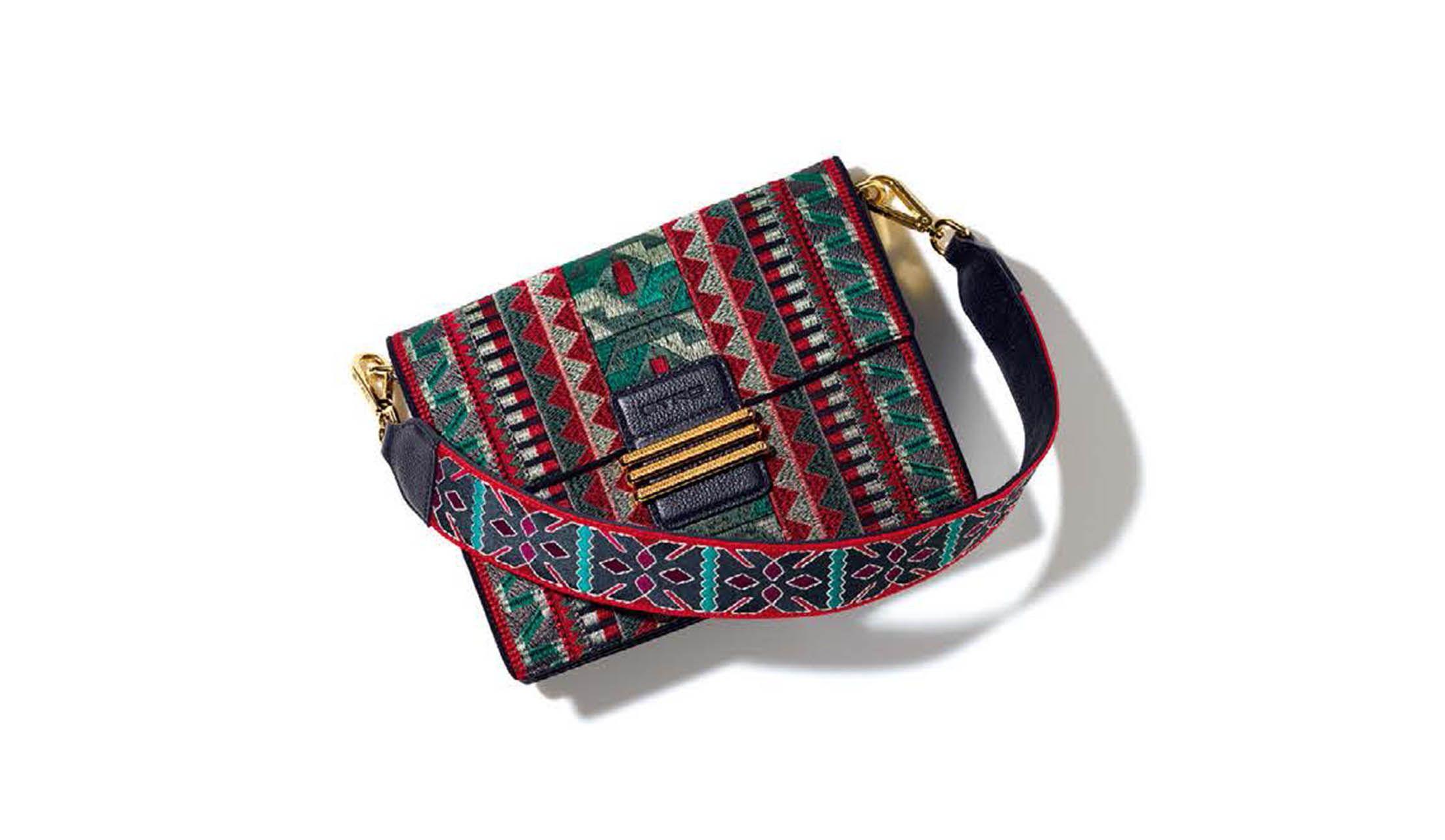 エトロのバッグ「レインボーバッグ」