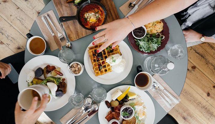 約70%が自宅で料理をする頻度が増加