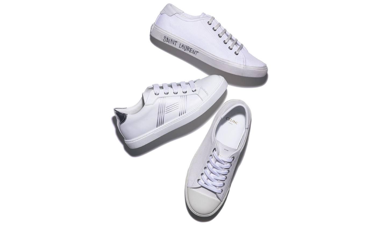 3足の白スニーカー