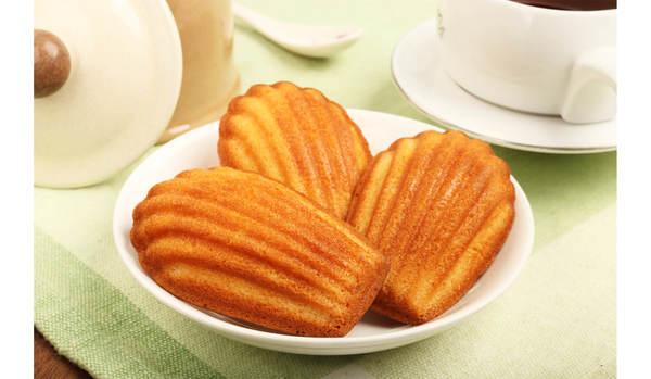 バター風味たっぷり。お茶菓子のフィナンシェとマドレーヌは形で判断してはいけない?