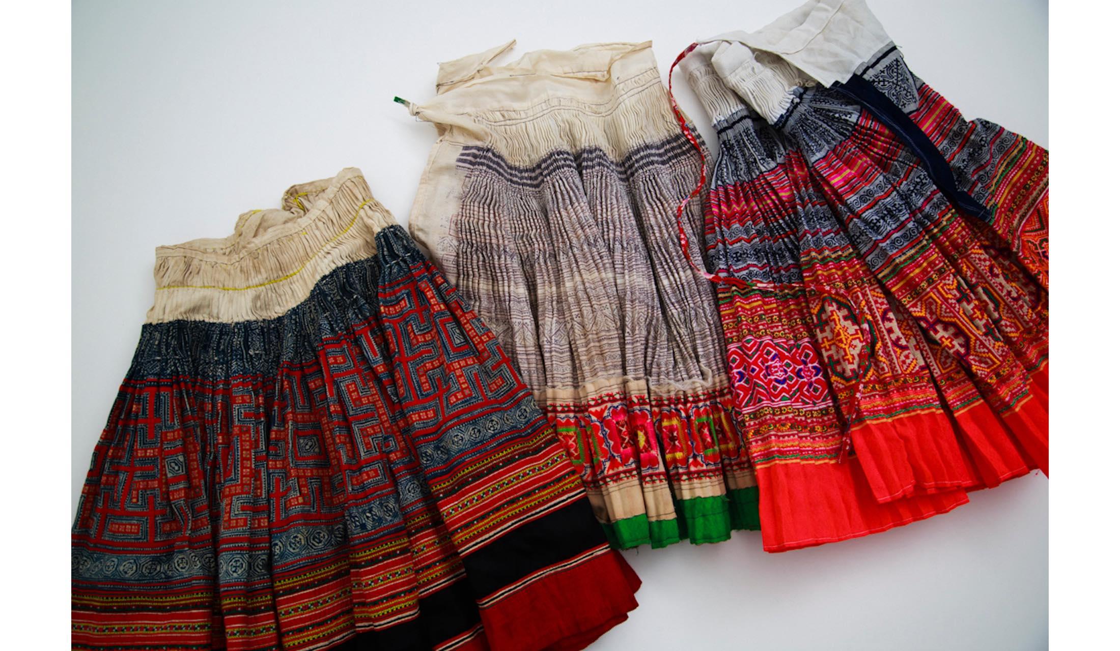 「ハウス オブ ロータス」の阪急うめだ店で限定発売されるタイの民族衣装の写真