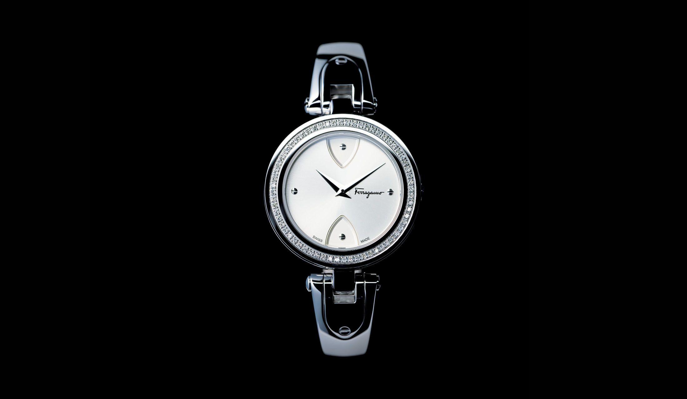 フェラガモの新作時計「ジリオ」