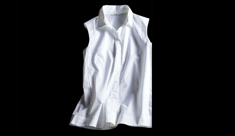 5月号で購入したいもの第1位のペセリコのシャツ