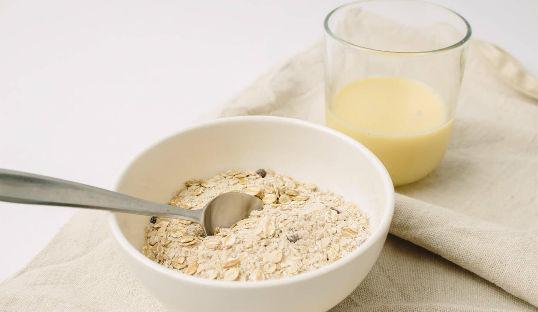 「オーツミルク」