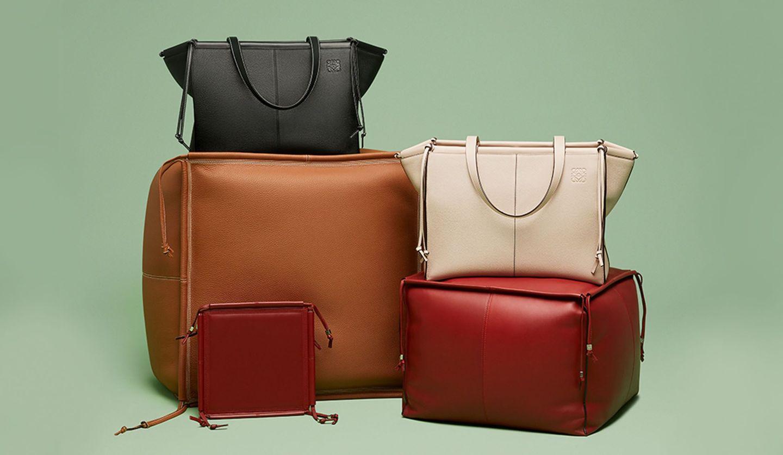 LOEWE(ロエベ)のバッグ「クッション・トート」