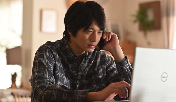 SixTONES・松村北斗さん演じる大学生の真意とは!? 向井理さん主演本格サスペンスドラマ『10の秘密』第6話を先取り