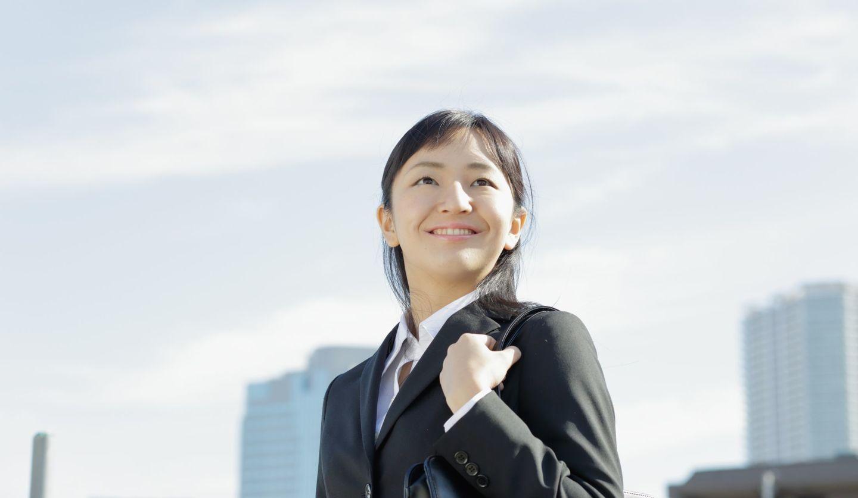 働く女性をイメージした写真