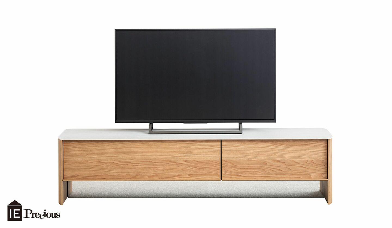 アルフレックス(arflex)から最新のテレビボードとソファが登場
